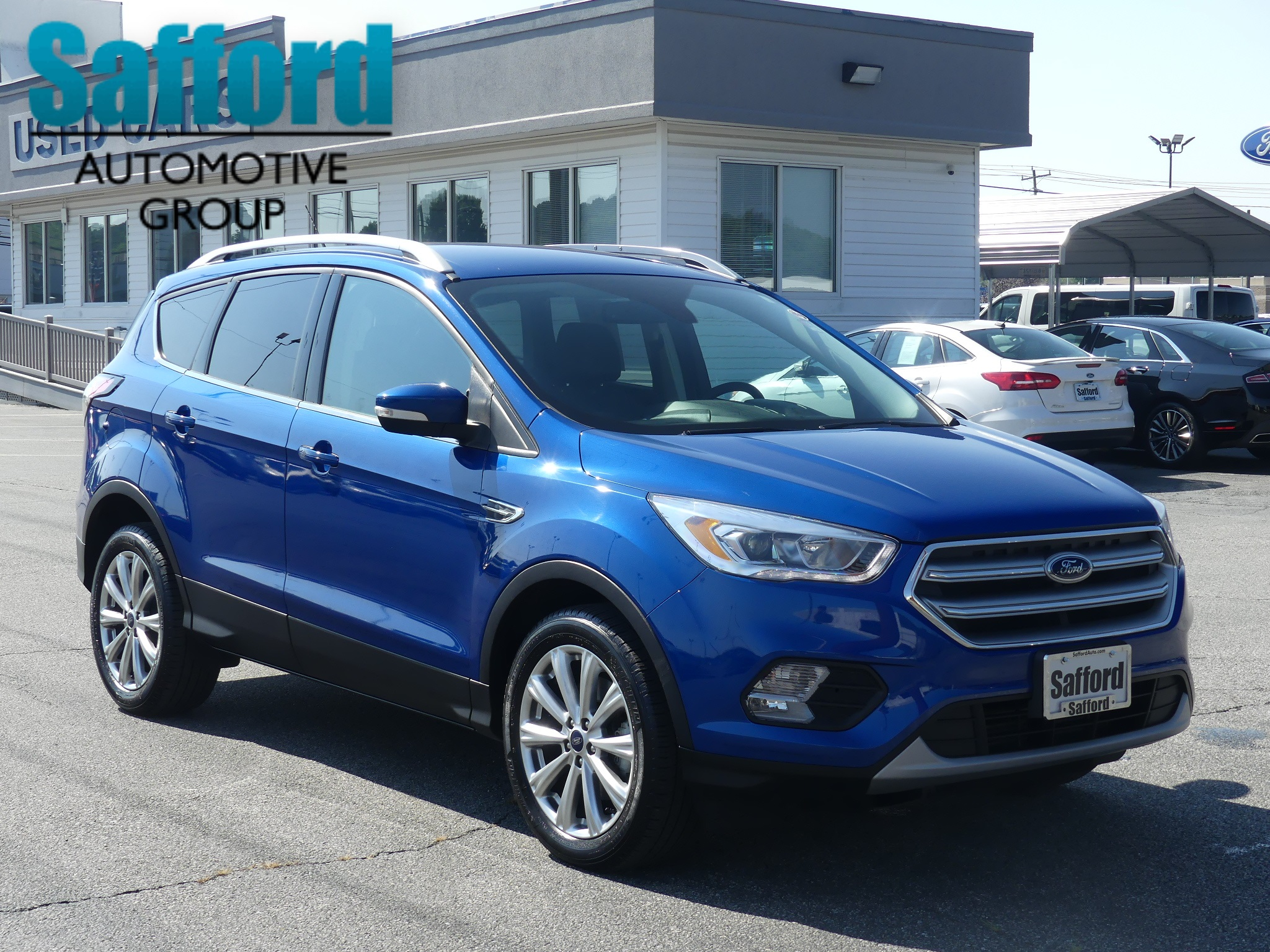 Pre owned 2017 ford escape titanium